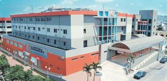 Este moderno Hospital esta en servicio desde 1.999, tiene una capacidad de 100 camas hospitalarias e intalada de 74, distribuidas en cómodas habitaciones